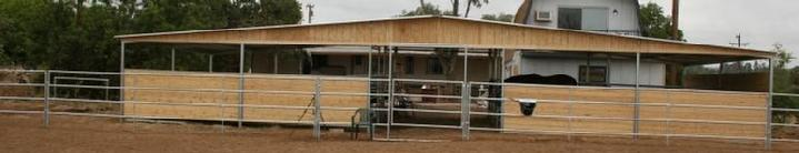OPEN AIR BARN/MARE MOTEL SEMI ENCLOSED
